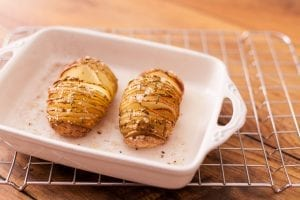 hasselback_potatoes